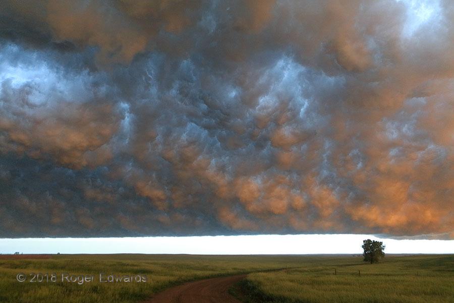 South Dakota Sunset under Arcus