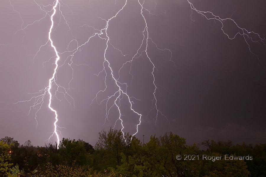 Explosive Intricacy (lightning)